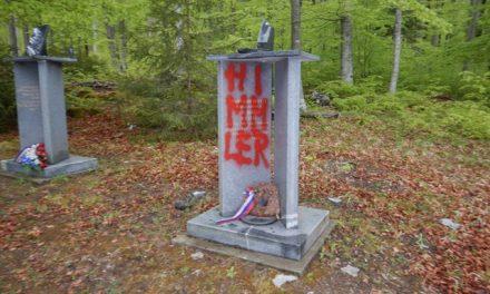 Oskrunjen spomenik na Bazi 20