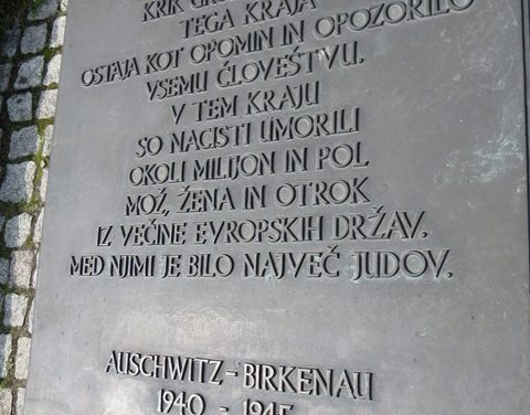 Kar je preveč, je preveč: je holokavst res »plod judovske zarote«?