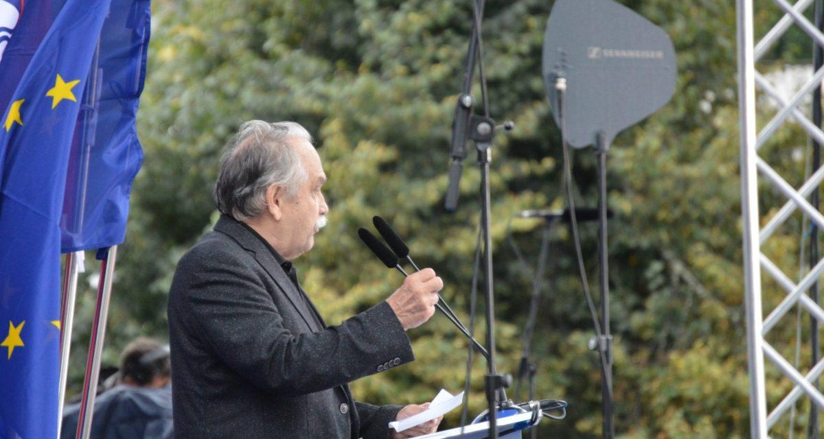 Govor dr. Matjaža Kmecla v Postojni
