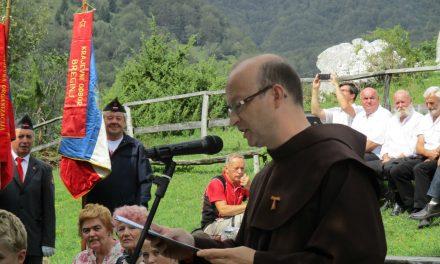 Govor patra Bogdana Knavsa na planini Kuhinja