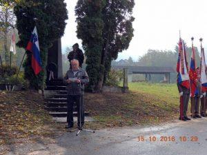Milan Gorjanc, član predsedstva ZZB NOB Slovenije, na tradicionalni spominski slovesnosti, Oštrc, Kostanjevica na Krki, 15. oktober 2015