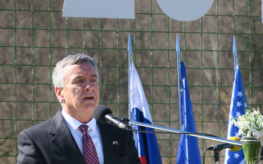 Govor Brenta Hartleya v Gradencu pri Žužemberku, 11. marca 2017