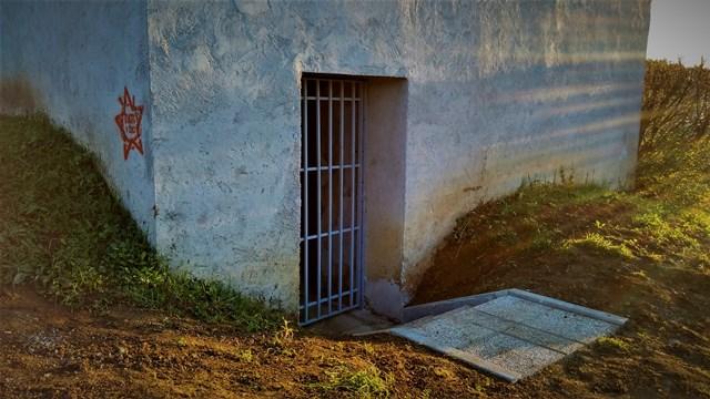 Urejen vhod v bunker na Drski