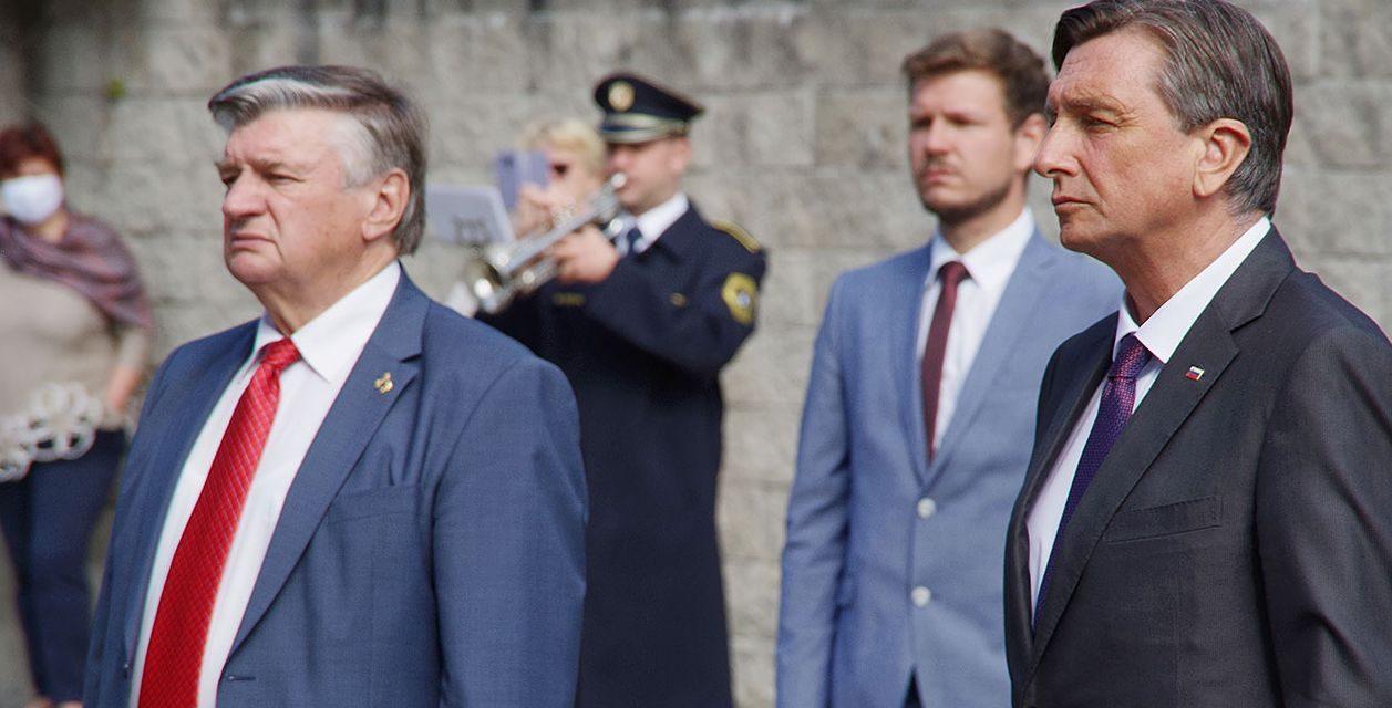 Pahor in Križman položila venca k spomeniku OF